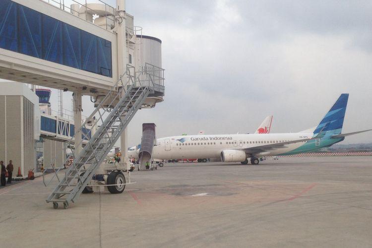 Ilustrasi penerbangan di Bandara Internasional Ahmad Yani Semarang