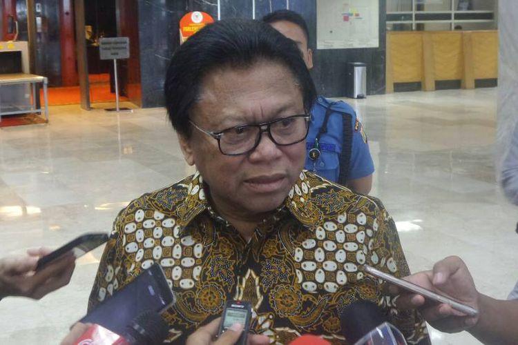 Ketua Umum Partai Hanura Oesman Sapta Odang di Kompleks Parlemen, Senayan, Jakarta, Rabu (3/5/2017).