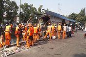 Turap Longsor, 6 Warung di Jakarta Utara Roboh
