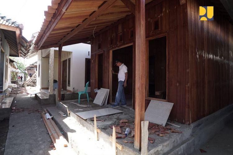 Rekonstruksi rumah keluarga Lalu Muhammad Zohri di Kecamatan Pemenang, Lombok Utara.