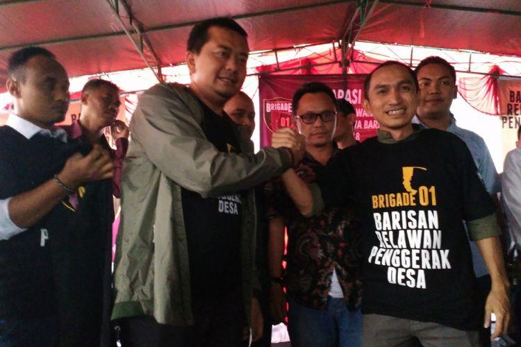 Deklarasi Barisan Relawan Penggerak Desa (Brigade) 01 Jawa Barat di Alun-alun Desa Lengkong, Kecamatan Bojongsoang, Kabupaten Bandung, Jumat (9/11/2018)