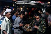 Jenazah Korban Helikopter Jatuh Tiba di Rumah Duka, Orangtua Pingsan