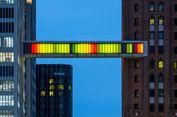 Jembatan Ini Bisa Berubah Warna