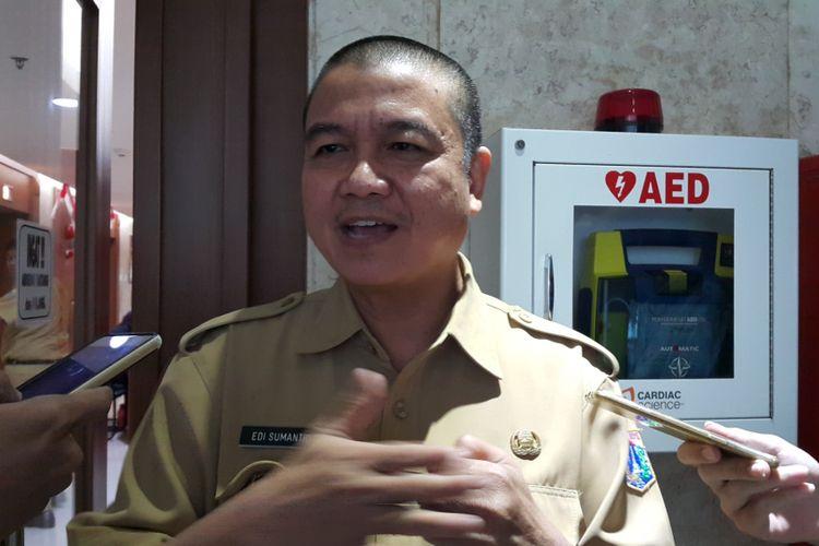 Kepala Badan Pajak dan Retribusi Daerah (BPRD) DKI Jakarta Edi Sumantri di Balai Kota DKI Jakarta, Jalan Medan Merdeka Selatan, Selasa (12/9/2017).