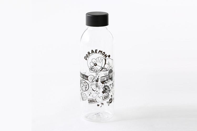 botol transparan Doraemon