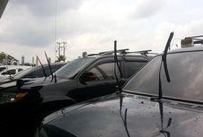 Manfaat Wiper Mobil Diangkat saat Parkir