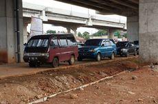 Pemilik Mobil Diberi Waktu 2 Hari Pindahkan Kendaraan dari Kolong Tol Becakayu