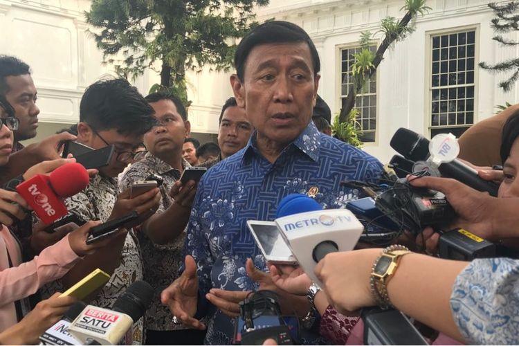 Menteri Koordinator Politik Hukum dan Keamanan Wiranto.
