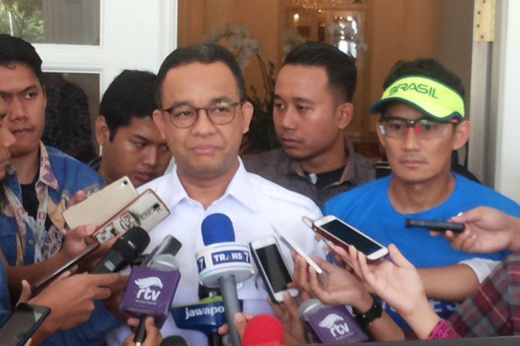Gubernur DKI Jakarta Anies Baswedan dan wakilnya, Sandiaga Uno saat ditemui di Balai Kota, Rabu (25/10/2017).