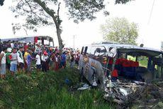 Viral, Kecelakaan Karambol Tiga Bus dan Satu Mobil di Ngawi