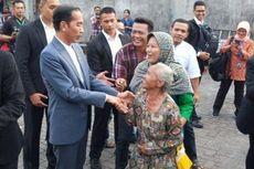 5 Fakta Jokowi Lebaran di Solo, Sungkem ke Ibunda hingga Bagikan Sembako