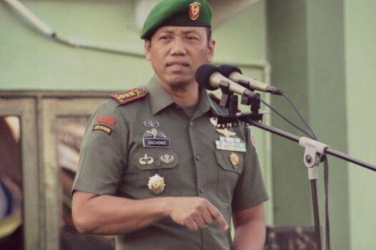 Danrem 152/Babullah Ternate, Kolonel Inf. Sachono