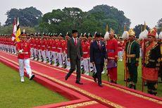 Jokowi Pastikan Brunei Darussalam Beli Tank Anoa dan Senjata Api Produksi Pindad