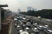 Arus Balik Macet, 'Contra Flow' Berlaku di Tol Jakarta-Cikampek
