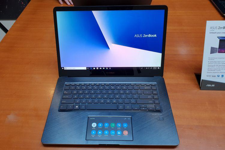 Asus memperkenalkan Zenbook Pro, laptop dengan touchpad pintar pertama di dunia.