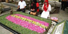 Di Pusara Pendiri NU, Puti Soekarno Berdoa