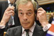Saat Kampanye, Pemimpin Partai Brexit di Inggris Dilempari 'Milkshake'