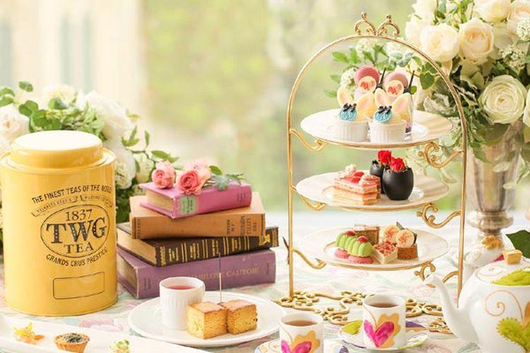 Kafe yang ada di The Strings Hotel Nagoya, Jepang, ini menyediakan paket afternoon tea bertema Alice in Wonderland.