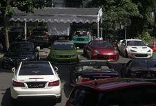 Kumpul Komunitas dan Mobil Modifikasi di Bandung
