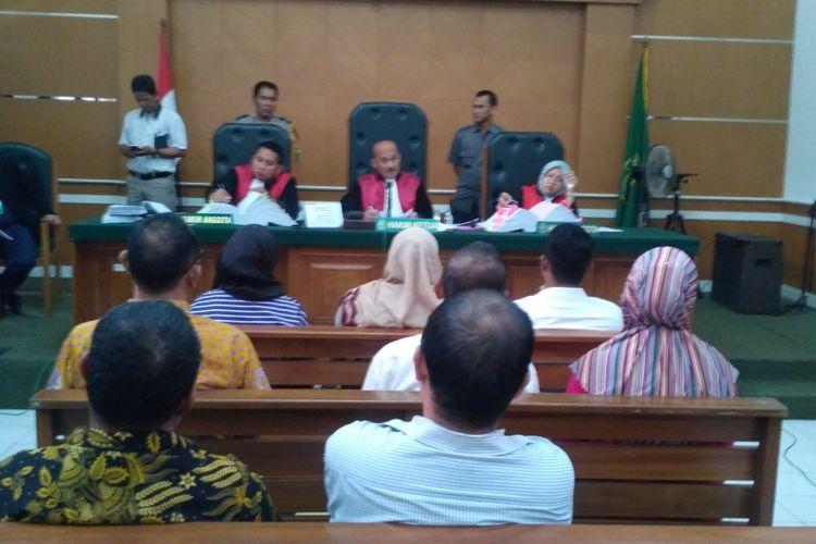 Sejumlah vendor dan kepal cabang First Travel dihadirkan sebagai saksi dalam sidang perkara First Travel di Pengadilan Negeri Depok, Senin (26/3/2018).