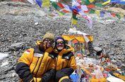 Bendera Merah Putih Kembali Berkibar di Puncak Gunung Everest