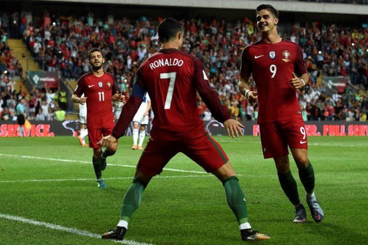 Cristiano Ronaldo merayakan gol Portugal ke gawang Kepulauan Faroe pada partai Kualifikasi Piala Dunia 2018 zona Eropa di Staidon Bessa, 31 Agustus 2018.