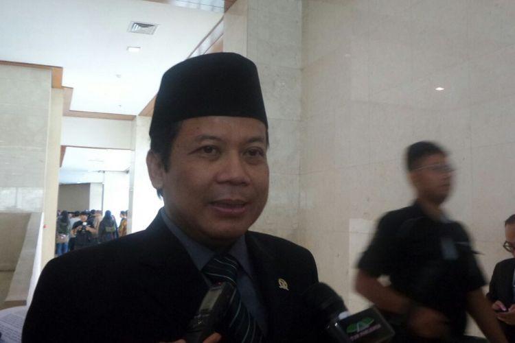 Wakil Ketua DPR RI Taufik Kurniawan di Kompleks Parlemen, Senayan, Jakarta, Selasa (3/10/2017)