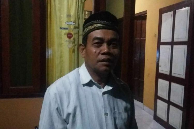 Ketua RT 08, Dusun Mrisi, Endiyo (56) membenarkan warganya ditangkap polisi, karena terduga teroris