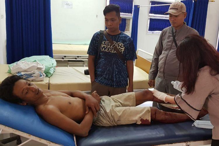 Salah satu tersangka gerandong yang merupakan komplotan perampok menjalani perawatan di rumah sakit usai ditembak Polisi
