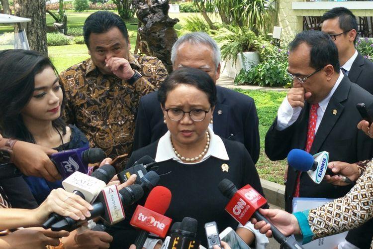 Menteri Luar Negeri Retno Marsudi di Istana, Jakarta, Jumat (27/10/2017).