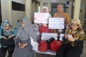 Pengunjung Teriak 'Penipu' Saat Tiga Bos First Travel Masuk Ruang Sidang