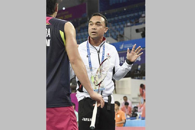 Pelatih bulu tangkis ganda putra nasional Jepang, Reony Mainaky, dikabarkan akan kembali ke negara asalnya Indonesia.