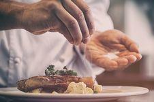 Penyedap Rasa dan Pengawet Makanan Bikin Malas Olahraga, Kok Bisa?