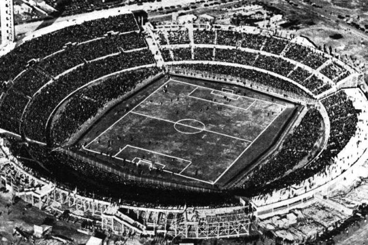 Stadion Centenario di Montevideo, Uruguay yang menjadi lokasi final Piala Dunia 1930.