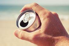 Sering Konsumsi Soda? Waspadai Efek Sampingnya