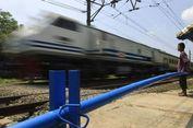 Ada Longsor, Perjalanan Kereta Jakarta-Bandung Sempat Tertahan
