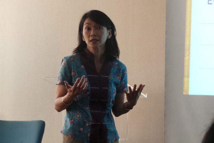 Executive Director Media Business Nielsen Indonesia Hellen Katherina, saat memaparkan survei Nielsen mengenai belanja iklan Januari-Juli 2017, di Mayapada Tower, Jakarta, Rabu (13/9/2017).