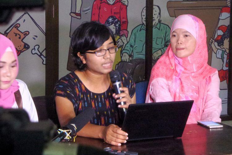 Ketua Yayasan Lembaga Bantuan Hukum Indonesia (YLBHI) Asfinawati saat memberikan keterangan pers terkait fenomena persekusi, di kantor YLBHI, Menteng, Jakarta Pusat, Kamis (1/6/2017).