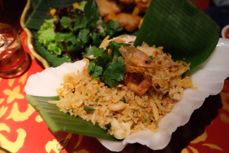 Nasi goreng tom yum di Saigonsan, Malang.
