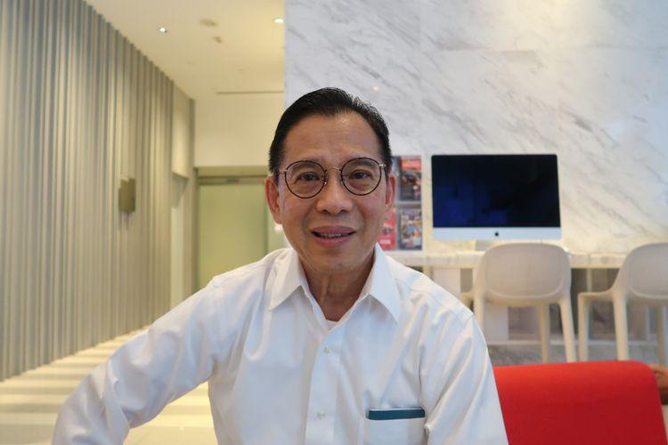 Pelanggan Telkomsel yang memanfaatkan jaringan di Singapura, Jefri (76).