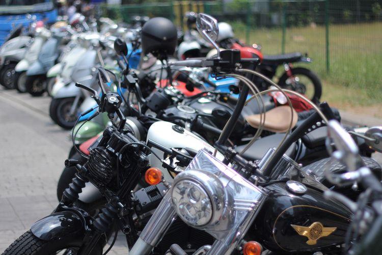 Sederet motor gede (moge) yang ikut meramaikan Distinguished Gentlemans Ride (DGR) pada 30 September 2018, bersama motor lawas dan custome.