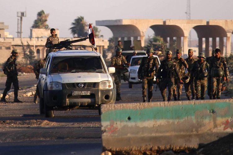 Pasukan propemerintah Suriah tiba di perbatasan Nassib yang berseberangan dengan Yordania, selatan Daraa, usai terjadinya kesepakatan gencatan senjata dengan kelompok pemberontak.