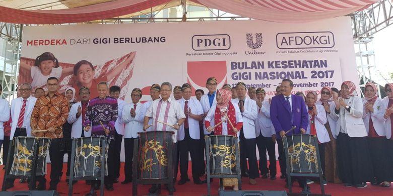 Pembukaan Bulan Kesehatan Gigi Nasional (BKGN) 2017 di Rumah Sakit Islam Gigi dan Mulut (RSIGM) Sultan Agung, Kota Semarang, Jawa Tengah, Selasa (12/9/2017).