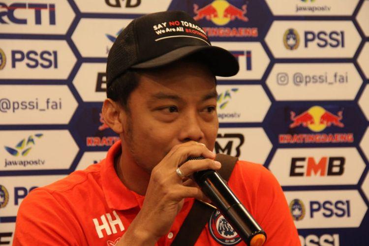 Kapten Arema FC Hamka Hamzah saat hadir dalam konferensi pers jelang laga kontra Persib di Graha Persib Jalan Sulanjana, Minggu (17/2/2019)