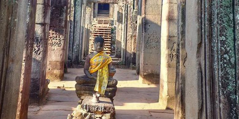 Kuil Angkor Thom di Kamboja.