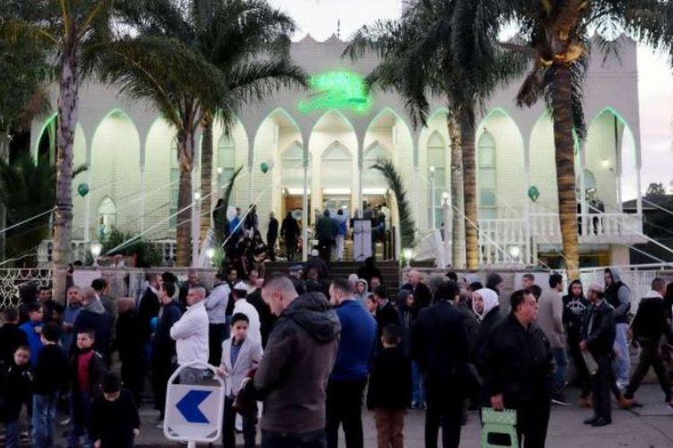 Suasana setelah shalat subuh di masjid Lakemba, New South Wales, Australia. (ABC Sydney/John Donegan)