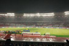Jokowi Resmikan Wajah Baru Stadion GBK di Tengah Guyuran Hujan