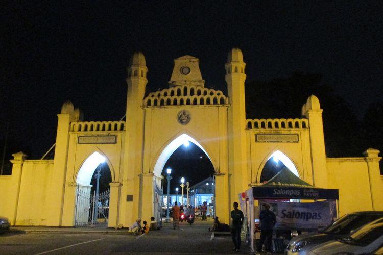 Gapura MAsjid Agung Surakarta