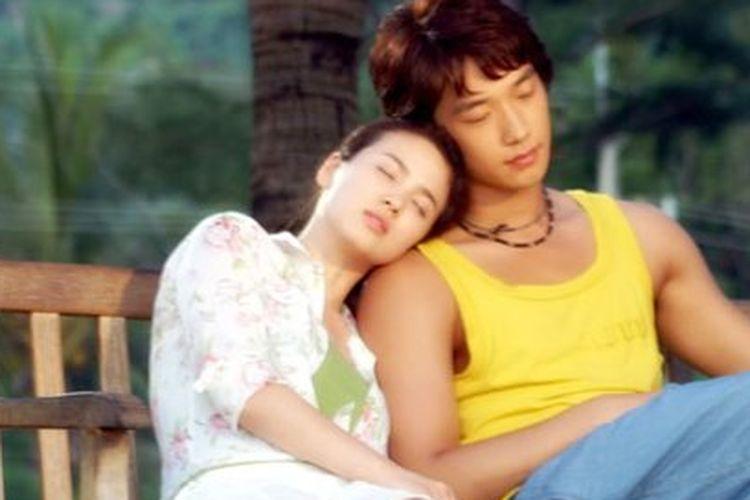 Rain dan Song Hye Kyo dalam drama berjudul Full House yang tayang 2014