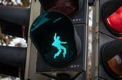 Lampu Rambu Pejalan Kaki di Kota Ini Pakai Siluet Elvis Presley